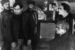 Das Kabinett des Doktor Caligari The Cabinet of Dr Caligari Year: 1920 - Germany Director: Robert Wiene Rudolf Klein-Rogge. It is forbidden to reproduce the photograph out of context of the promotion of the film. It must be credited to the Film Company and/or the photographer assigned by or authorized by/allowed on the set by the Film Company. Restricted to Editorial Use. Photo12 does not grant publicity rights of the persons represented.